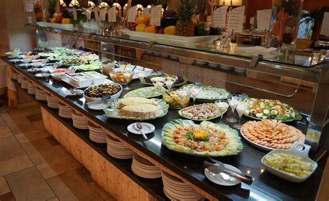 cuarto hotel breakfast buffet la ley del buffet cactus