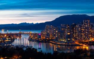 Related wallpapers from vancouver mountains skyline