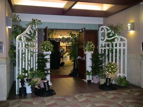 prom ideas for entrance gates   Michigan Corporate Event