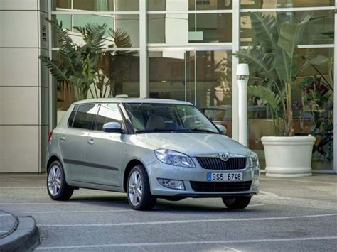 skoda fabia review specification price caradvice 2011 skoda fabia price photos specifications reviews