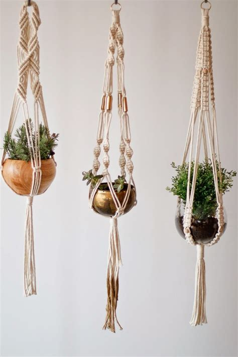 How To Macrame A Plant Hanger - 25 best ideas about macrame plant hangers on