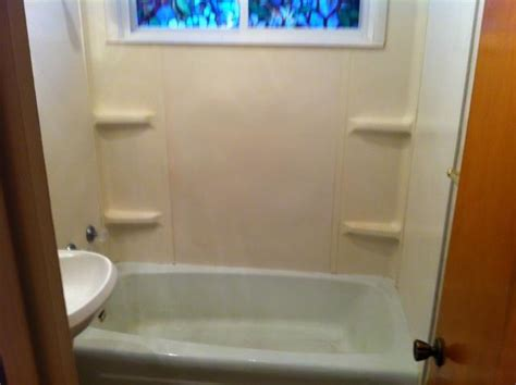 bathtub refinishing springfield mo springfield mo bathtub refinishing and repair before and