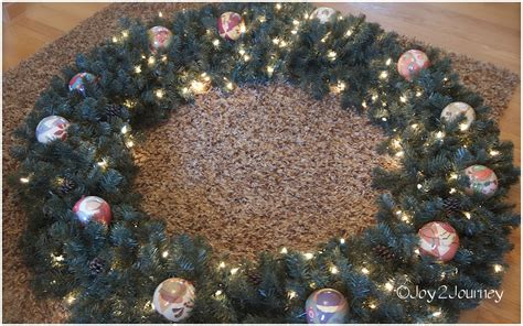 decorating a plain christmas wreath joy 2 journey