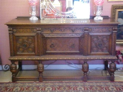 Jacobean Buffet Table