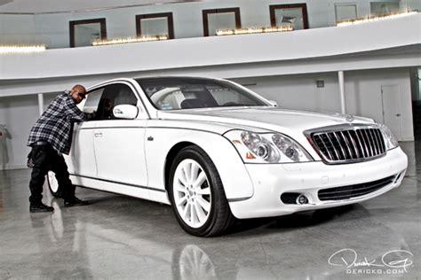 z and birdman own 8 million dollars car maybach