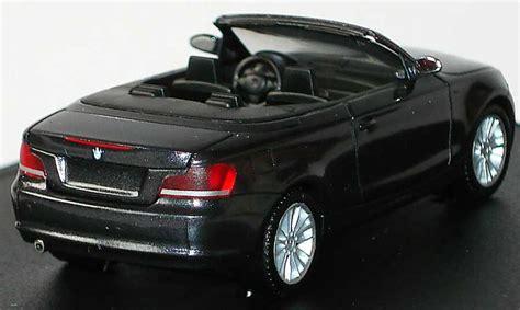 Bmw 1er Cabrio Modellauto by Bmw 1er Cabrio E88 Sparklinggraphite Met Werbemodell