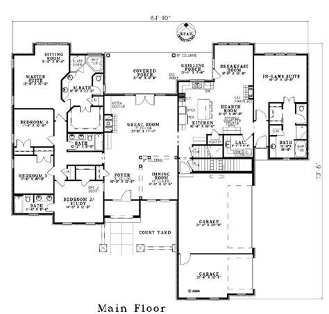 house plan  craftsman luxury plan   sq ft