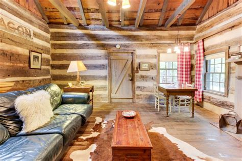 Creek Cabins Fredericksburg Tx by Town Creek Log Cabin 1 Bd Vacation Rental In