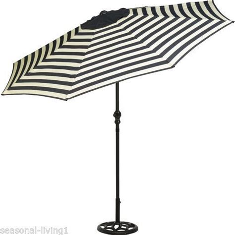 Yotrio Designer Series Black Cream Stripe 9 Ft Crank Striped Patio Umbrella 9 Ft