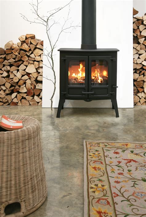charnwood island closed combustion fireplace