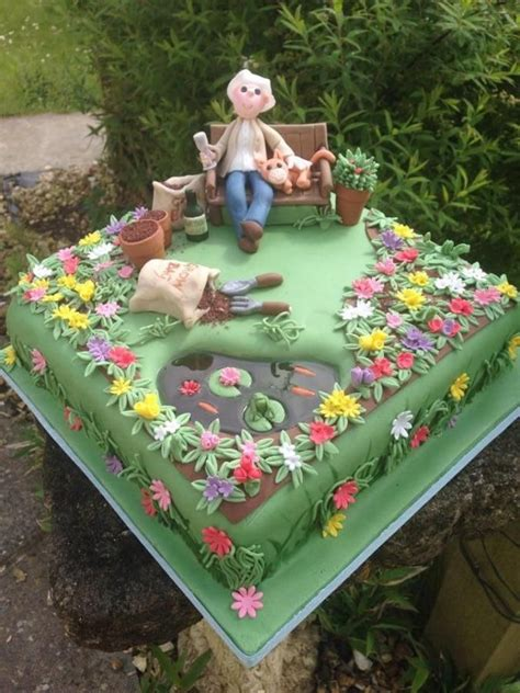 Garden Cakes Ideas Admiring Handy Work Cake Heaven Pinterest Gardens Cakes And Kitten Cake