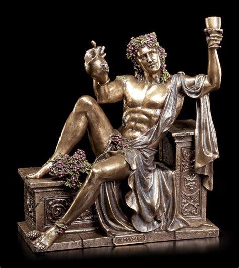 griechischer gott des schlafes dionysos figur griechischer gott des weines ruht