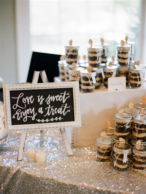 table favors 25 best ideas about cookie wedding favors on