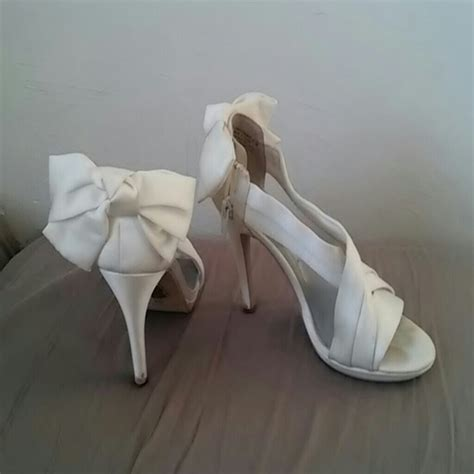 68 vera wang shoes vera wang white heels from