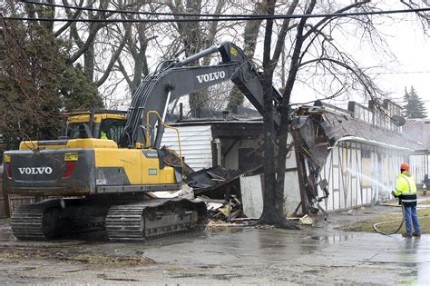 Neglected Nuisance Property Demolished The Blade