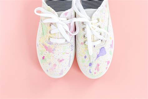 diy paint shoes diy abstract paint splatter shoes green diy
