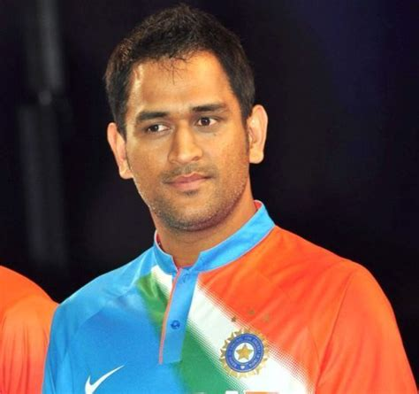 dhoni biography in english indian premier league franchises approached mahendra singh