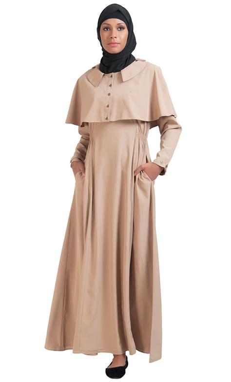 Cape Arab Vs cape button accent crepe abaya