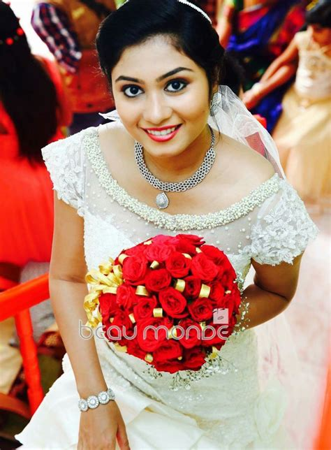 wedding bouquet kerala 256 best images about wedding on cascading