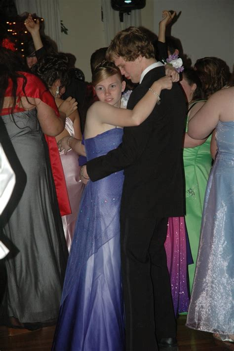 Good Slow Dances For Prom | pics for gt high school slow dance