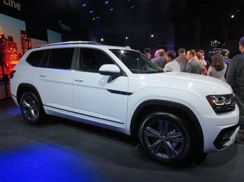 volkswagen atlas black wheels the volkswagen atlas is a shockingly bargain