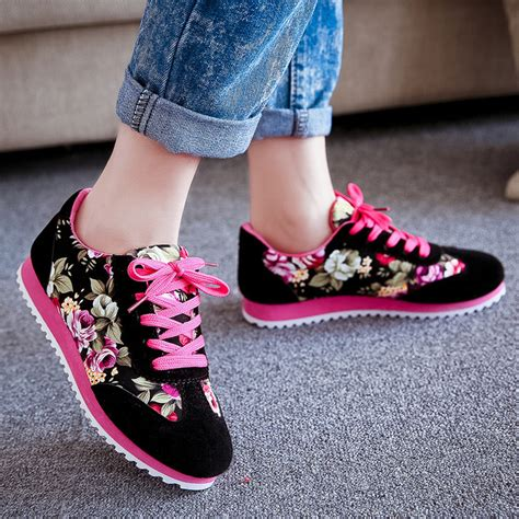 Sepatu Kets Wanita Casual Xads125 jual sepatu kets wanita casual motif bunga sds101 sepatu