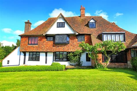 6 bedroom houses for sale in kent 6 bedroom detached house for sale in the street great