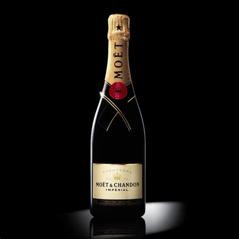 moet chandon imperial nv 75cl gift box buy chagne