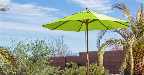 Overstock Patio Umbrellas Throwing Shade Find The Right Patio Umbrella Overstock