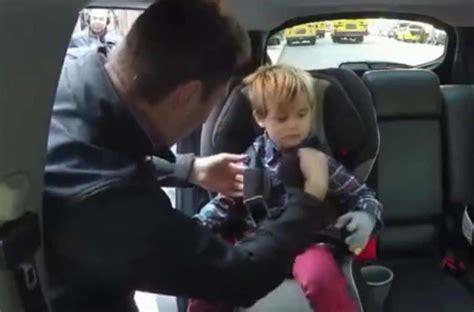 crash test siege auto bebe ne faites surtout pas 231 a lorsque vous attachez b 233 b 233 dans