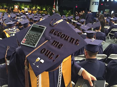 Fiu Corporate Mba Diploma by 1 000 Students Awarded Business Degrees At December