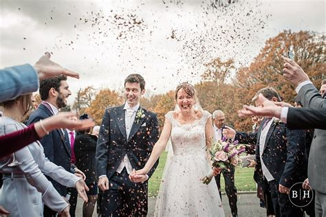 7 Top Tips for Wedding Confetti   Get the Best Confetti