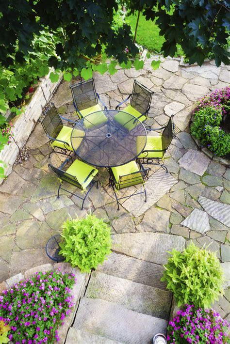 wonderful ideas   organize  pretty small garden space