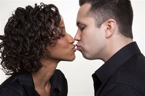 black woman and white men what should be known tips for men how to date a strong black woman