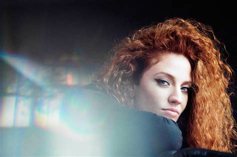 jess glynne race rock with ror music night at sandown park the gaitpost