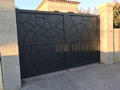 Portail De Maison En Fer by Portail En Fer Deux Battants Dans Le Gard Vente Portails
