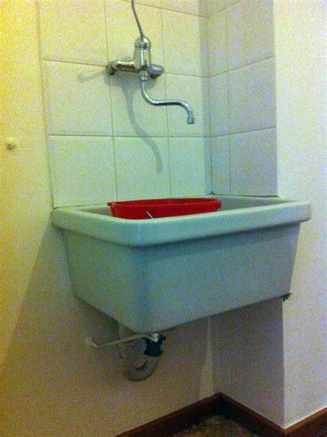 prezzo lavello cucina installare un lavello cucina di ceramica su staffe