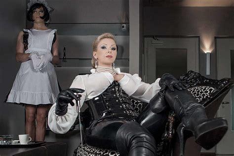 bizarrguide dominas studios shops und mehr domina in essen feminisierung crossdresser tv erziehung domina studio in d 252 sseldorf essen