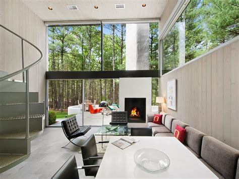 Mid Century Modern Homes Own A Charles Gwathmey Designed Mid Century Marvel In East