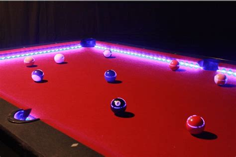 light bulbs las vegas this is how the pool will look like with neon light