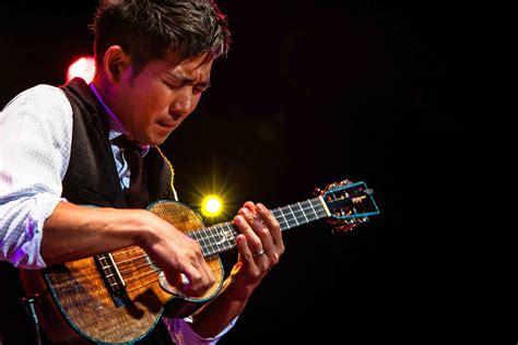 ukulele lessons jake shimabukuro watch jake shimabukuro and chris kamaka play hi ilawe