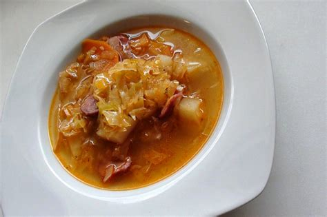 zsuzsa is in the kitchen cabbage soup