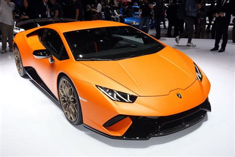 Lamborghini New by Lamborghini S New Huracan Performante Wants To Be The New