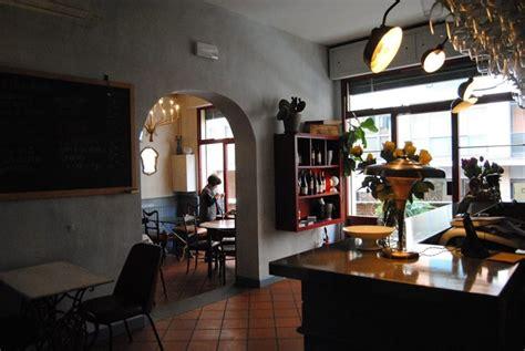 librerie universitarie bologna librerie e aperitivi vista fiume la bologna non