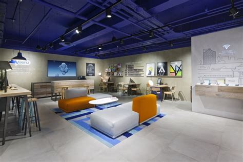 design concept store o2 launches new interactive store concept design week