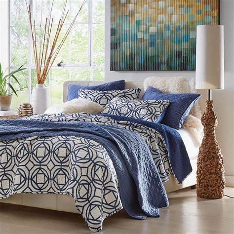 geometric bedding 8 easy ways to add geometric home d 233 cor