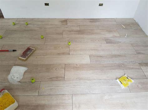 pavimento gres legno pavimento gres porcellanato effetto legno como di