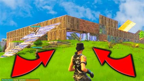 fortnite jumper raiding a mega base fortnite 50 vs 50 new battle royale