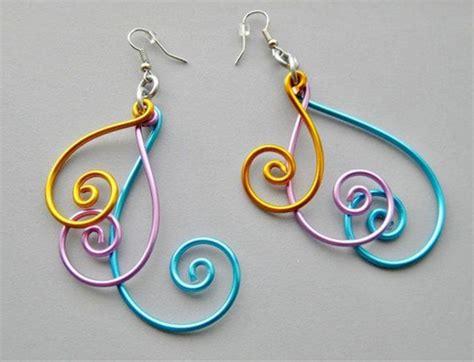 Easy Handmade Jewellery - wire wrapped bracelet pandahall jewelry