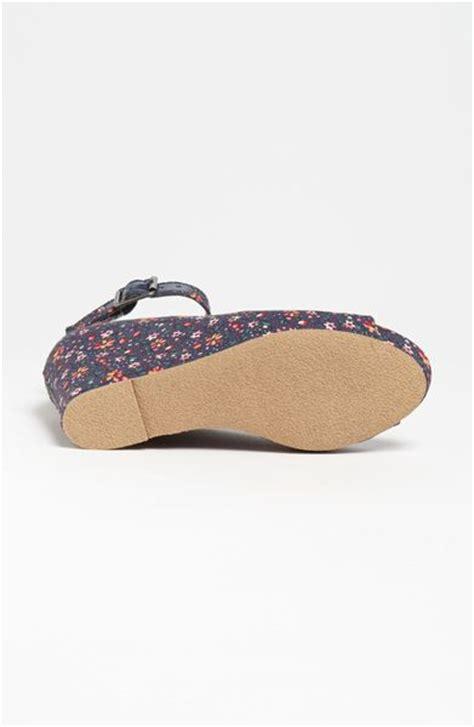 steve madden floral sandals steve madden lesliee ankle wedge sandal in floral
